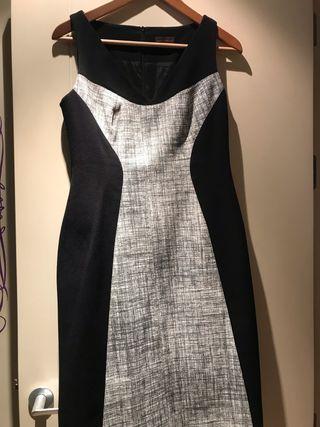 Vestido ajustado en tejido adaptabl