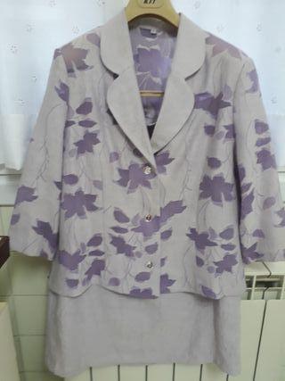 Traje-conjunto,chaqueta y falda T.50