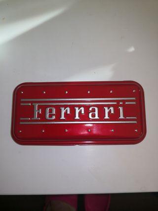 Pluma oficial de Ferrari
