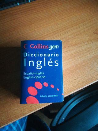 Mini diccionario de inglés.