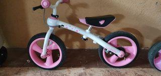 2 BicicletaS Eurekakids Evolutiva y otra