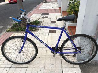 Bicicleta marca MARIN