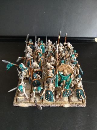 30 guerreros esqueletos reyes funerarios GW
