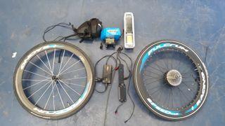 Bicicleta eléc. carretera Carbono pack