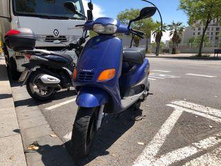 Ciclomotor Piaggio Zip 2T