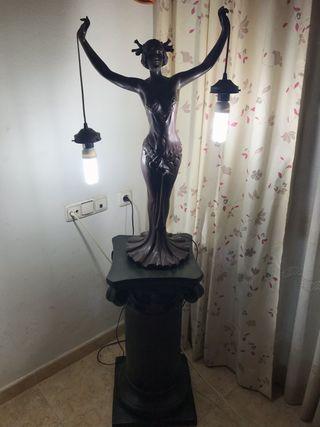 Columna decorativa con luz