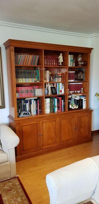 Librería de madera de Caoba- Indonesia