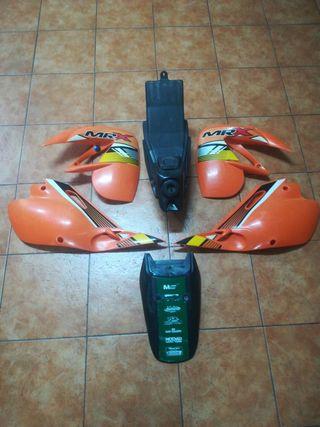 Kit Plásticos Rieju MRX / Depósito gasolina