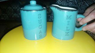 azucarero y taza