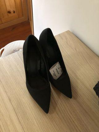 Zapatos negros mate sin estrenar