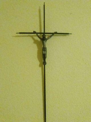 Cristo Crucificado de hierro
