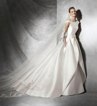 b450e7a465 Vestido de novia Pronovias de segunda mano en Madrid en WALLAPOP