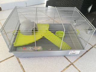 jaula para hamster.