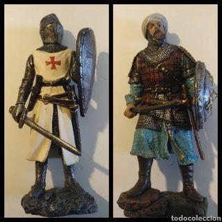 Figuras Edad Media cruzado y árabe