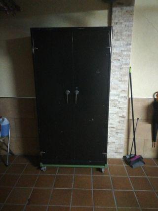 mueble de chapa sin baldas