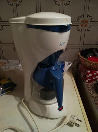 cafetera eléctrica Jata nueva!!