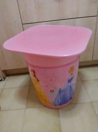 mesa rosa princesas con almacenaje