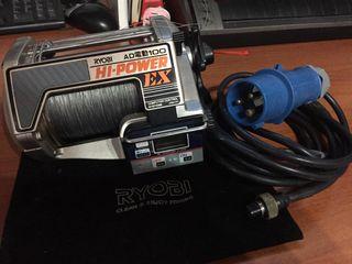 Carrete eléctrico para pesca de altura