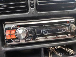 vendo radio CD USB Alpine
