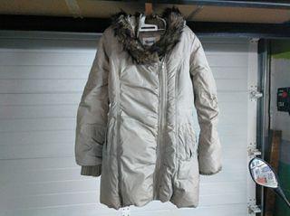 abrigo chica