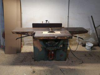 máquina cepilladora para madera