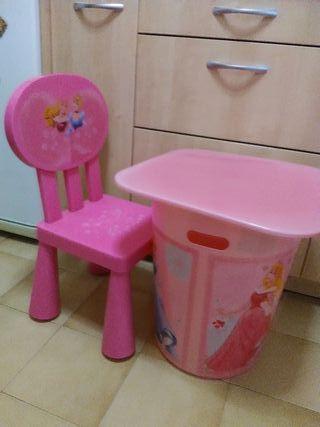 mesa ( almacenaje )+silla rosa princesas