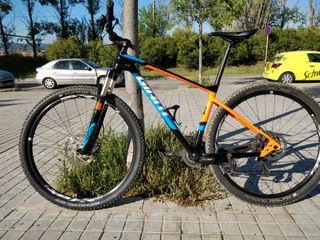 bicicleta BTT GIANT XTC advance 2