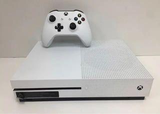 Xbox One S 500GB Con Mando y 100 Juegos