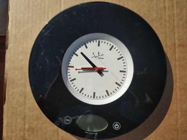 Reloj báscula digital de cocina