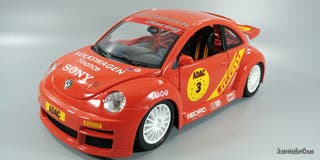 VW New Beetle,1/18 Bburago 1:18 burago