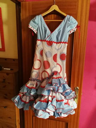 Se vende traje de flamenca