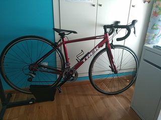 Bicicleta de carretera TREK One 1.1
