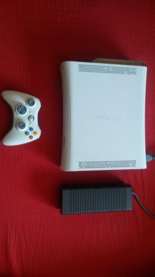XBOX 360 + 6 juegos