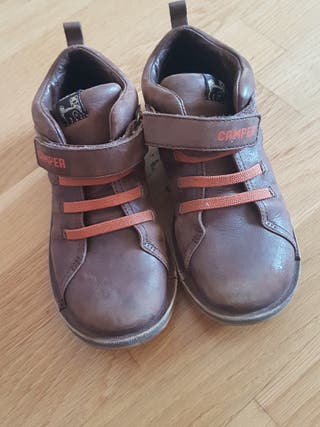 Zapatos niño Camper t 32 marrón con naranja