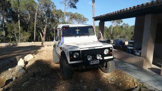 Land Rover Defender 2000