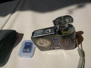Cámara de fotos Nikon Coolpix L2
