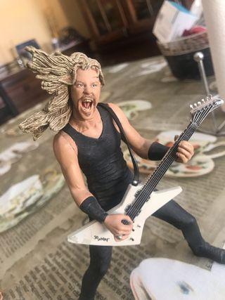 Figura james hetfield de Metallica