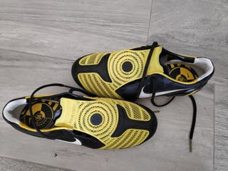 botas fútbol 1 uso y 42 amarilla negra t42