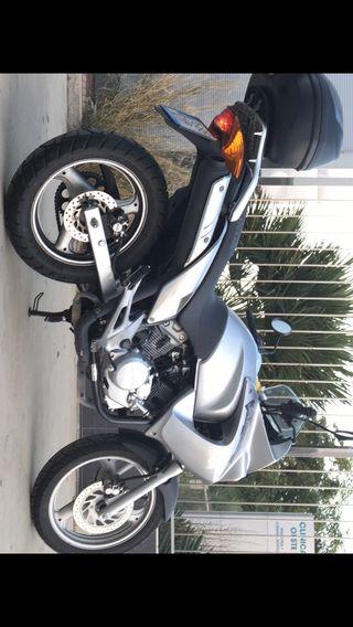Honda varadero 125cc ( perfecta para enpezar )