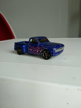hot wheels custom 69 Chevy 2001