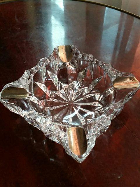 cenicero de cristal tallado y plata