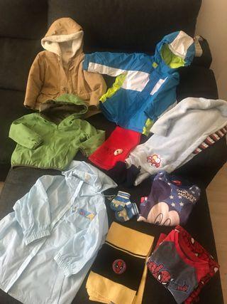 Abrigos - pijamas - bata 3 años (11 prendas)