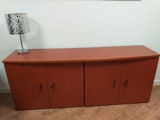 Mueble de madera de despacho