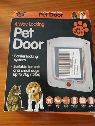 Puerta gato