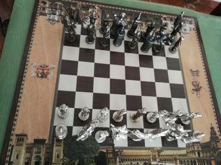 Ajedrez figuras de Sevilla