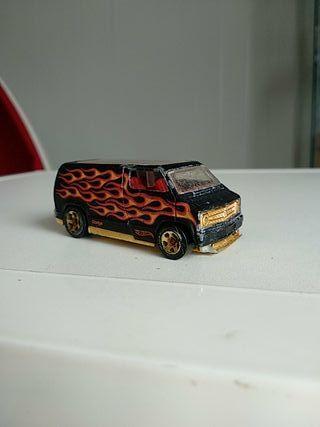 hot wheels custom 77 dodge van 2007