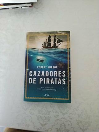 cazadores de piratas por Robert Kurson