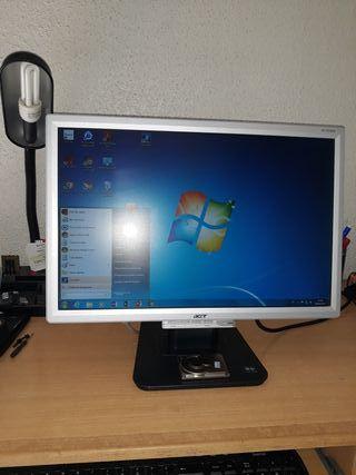 2 Monitores Acer AL1916W