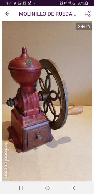 antiguo molinillo cafe de rueda
