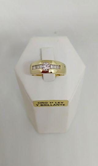 2bf44a8898f8 Anillo de brillantes diamantes de segunda mano en la provincia de Madrid.  Anillo diamantes en oro 18k